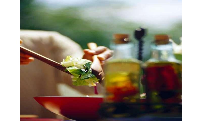 Mediterranean eating plan may help keep T2DM patients off meds