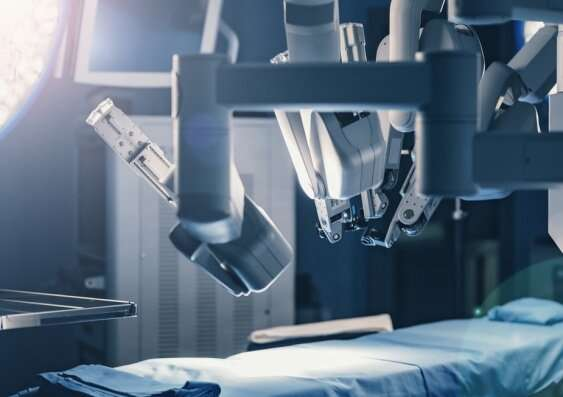 Prostate cancer patients believe robotic surgery is superior – despite limited evidence