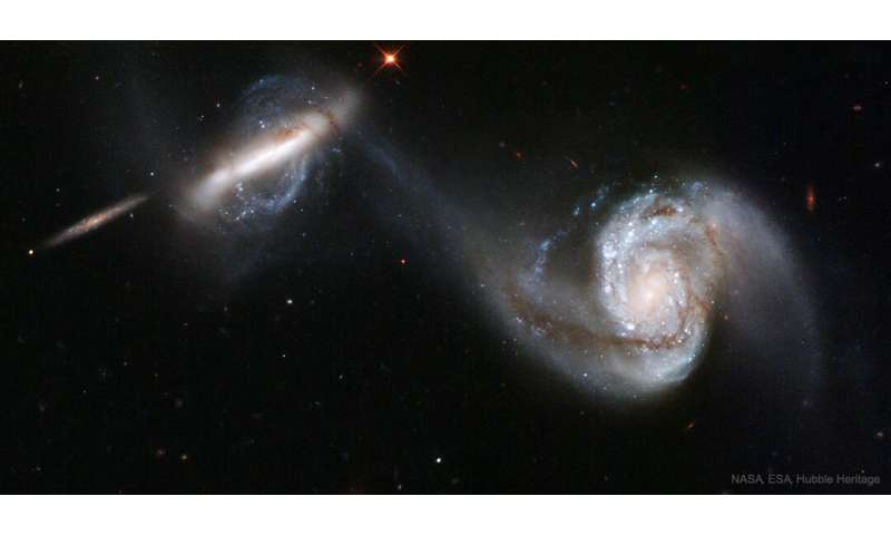 Record-number of over 200,000 galaxies confirm: galaxy mergers ignite star bursts