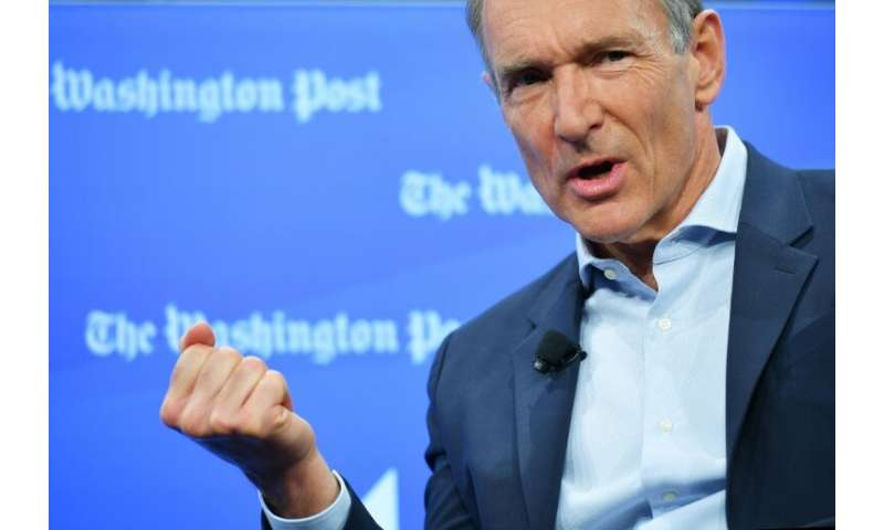 Tim Berners-Lee, the inventor of the World Wide Web, says he is working to fix the problems of the internet that had not been en