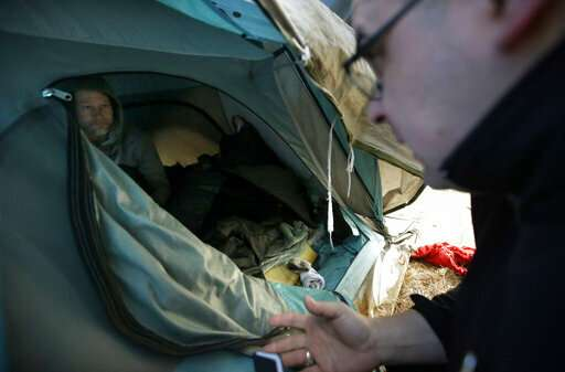 US communities reach out to homeless as liver disease surges
