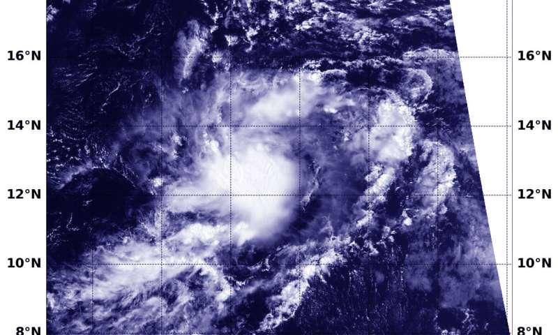 ماهواره NASA-NOA نمایی از ساختار طوفان طوفان جری را برای پیش بینی کنندگان فراهم می کند
