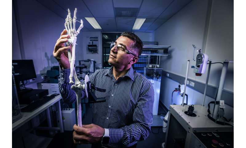 Breakthrough gives artificial muscles superhuman strength