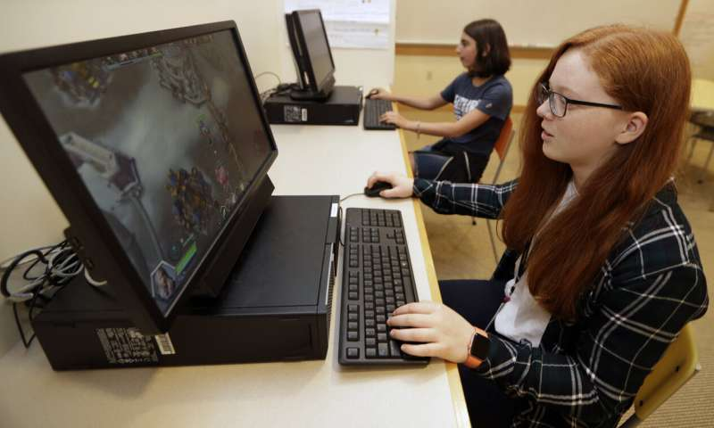 All-girls school becomes 1st in US with varsity esports