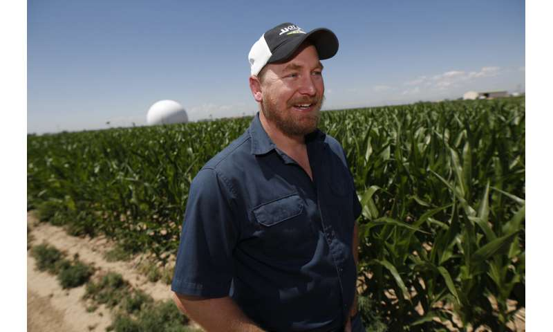 Farms turn to technology amid water warnings in Southwest US