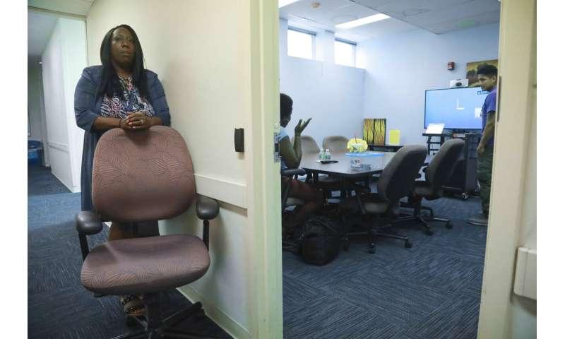 Librarians facing new tasks say crisis isn't in the catalog