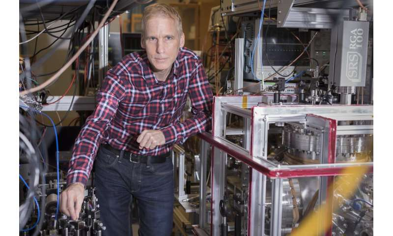 Scientists measure precise proton radius to help resolve decade-old puzzle