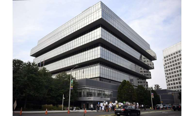 Some states say they'll keep fighting Purdue Pharma in court