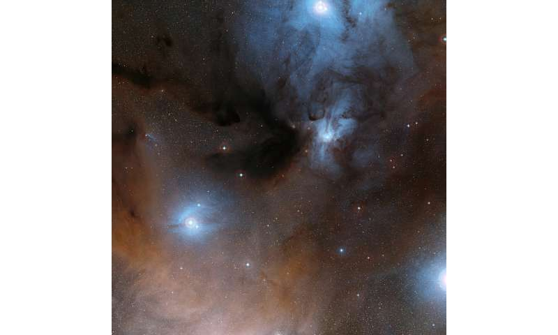 Astronomers find star material could be building block of life