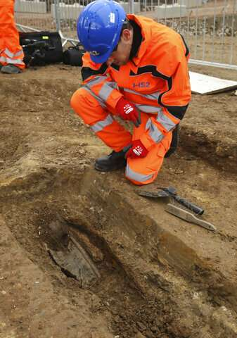 Remains of explorer who first rounded Australia found in UK