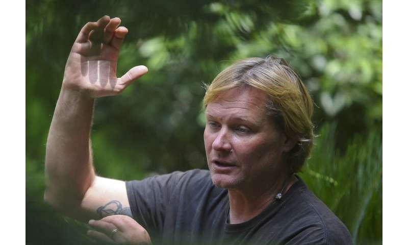 US scientist sounds warning on future Everest dangers