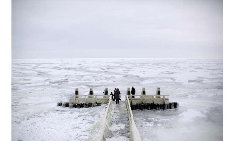Dutch reinforce major dike as seas rise, climate changes