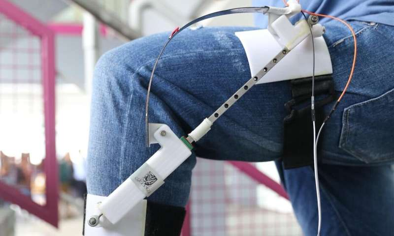 Harvesting energy from walking human body Lightweight smart materials-based energy harvester develop