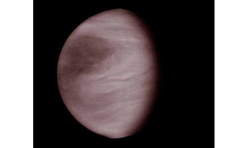 New research takes deeper look at Venus's clouds
