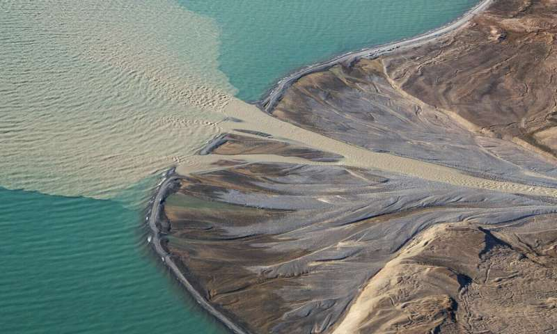Sand from glacial melt could be Greenland's economic salvation
