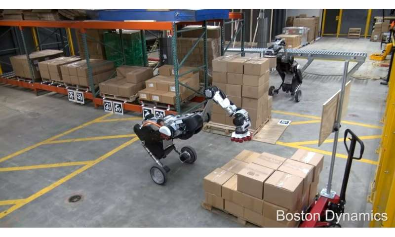 Stacking boxes is spectator treat if Boston Dynamics is in the warehouse