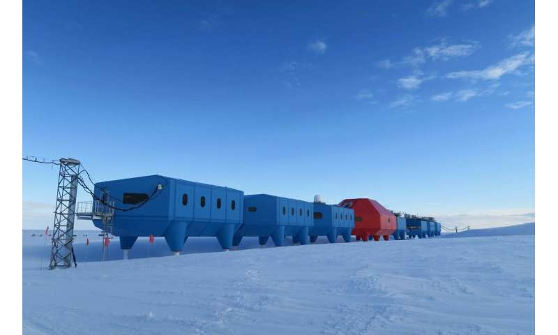 Large Antarctic Ice Shelf, home to a UK research station, is about to break apart