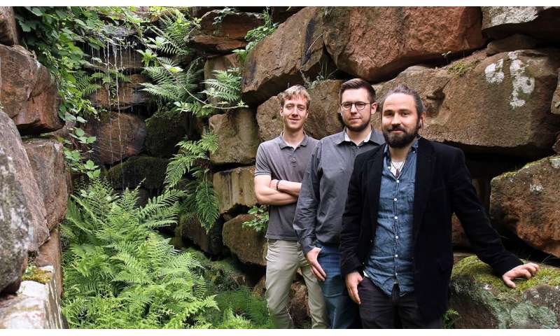 Start-up develops maintenance-free, evergreen moss façades for a better climate in cities