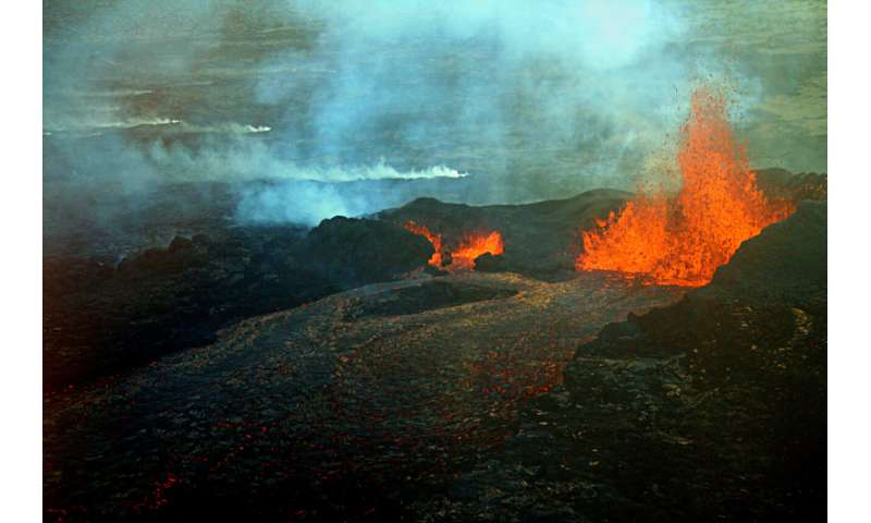 'Crystal clocks' used to time magma storage before volcanic eruptions