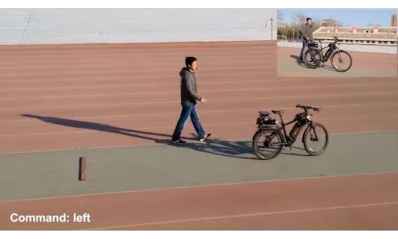 Researchers build hybrid chip able to run autonomous bicycle