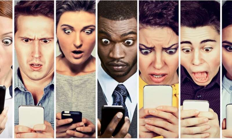 6 ways to protect your mental health from social media's dangers