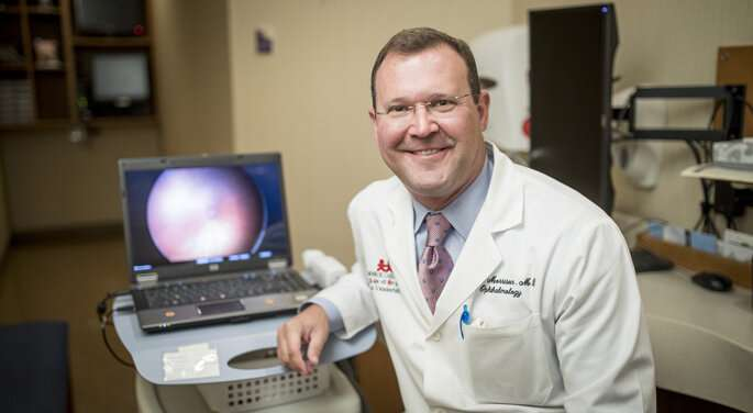 Study explores treatment options for babies with cataracts