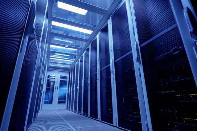 AI system optimally allocates workloads across thousands of servers to cut costs, save energy