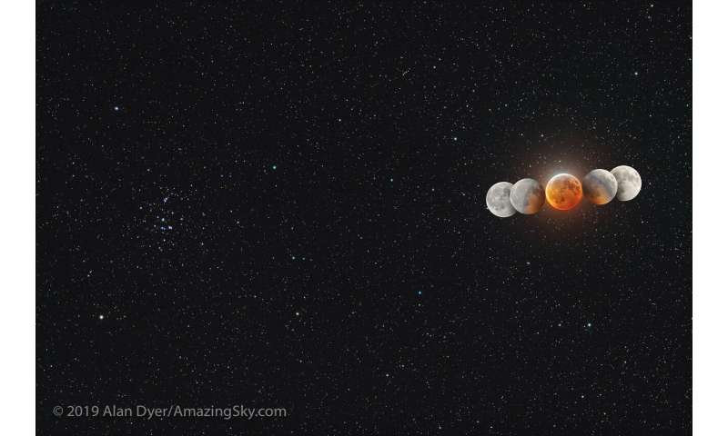 Amazing Images From Sunday's Total Lunar Eclipse as Observers Spy Impact Flash
