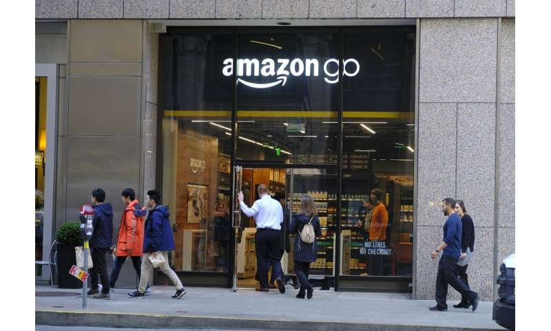 Amazon to open first Go store that accepts cash