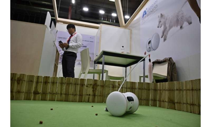 A Pet Fitness robot can keep track of how much activity the animal has had