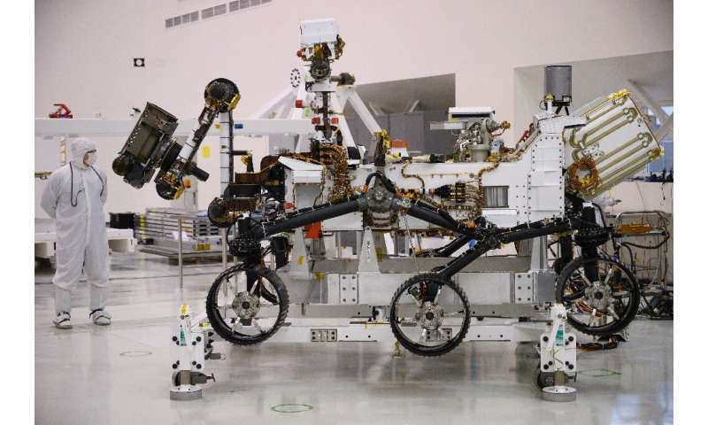 Approximately the size of a car, the Mars 2020 rover is equipped with six wheels like its predecessor Curiosity, allowing it to