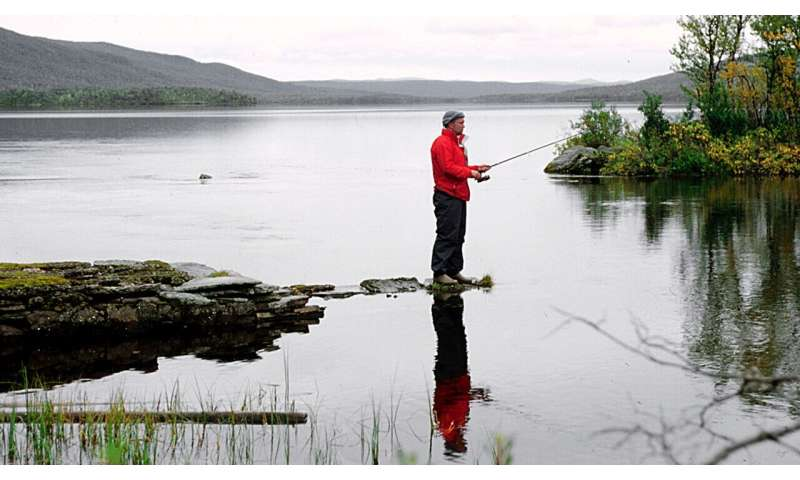 Arctic lakes and rivers can lose the diversity of freshwater species