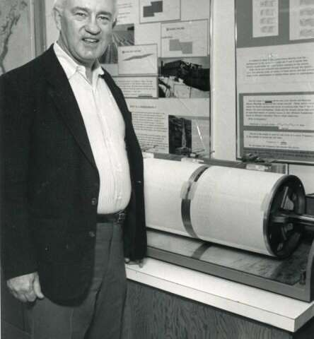 A seismologist present at the discovery of plate tectonics