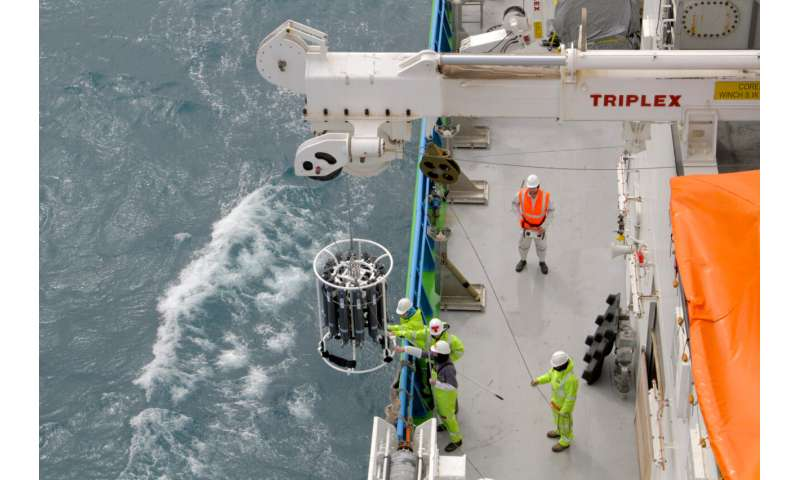Casting light on iron enrichment in the ocean's twilight zone