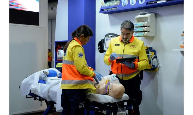 Catalan paramedics were among those demonstrating the advantages of 5G wireless technology, in their case in their ambulance