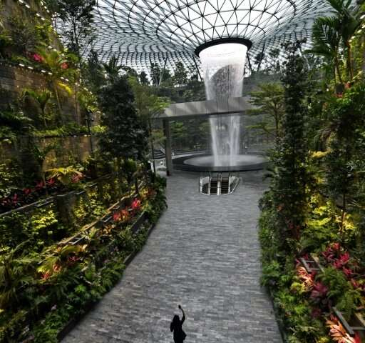 Changi airport is trying to attract long-haul travellers over other hubs such as Hong Kong and Dubai