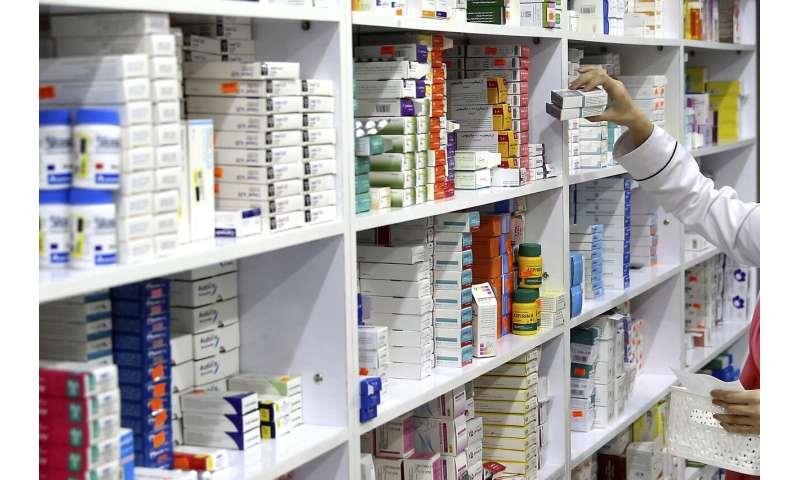 Cheap combo pill cuts heart, stroke risks, study finds
