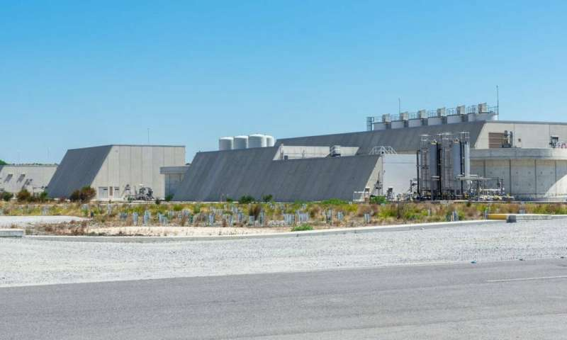 Cities turn to desalination for water security, but at what