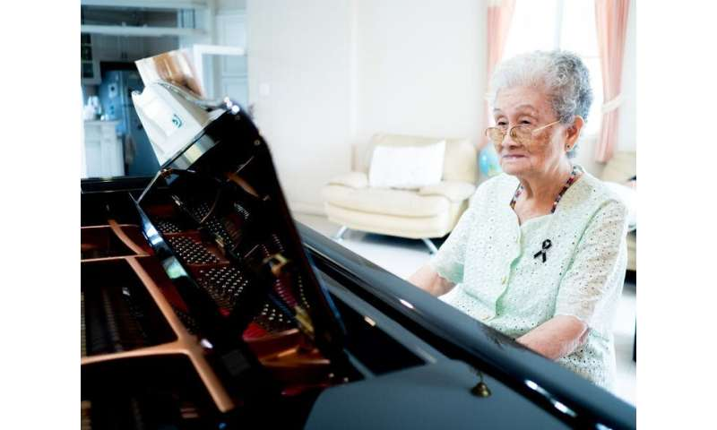 Creative arts therapies can help people with dementia socialise and express their grief