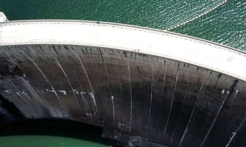 Dams can mimic the free flow of rivers, but risks must be managed