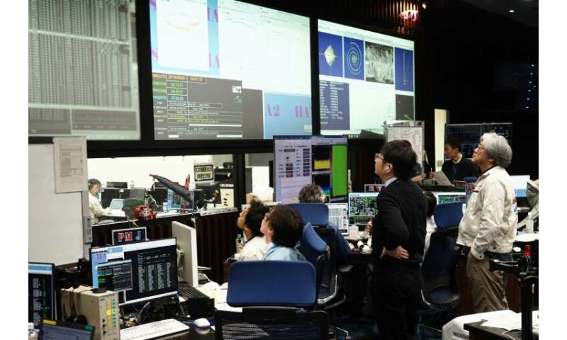 Data received at the control room in Japan on April 4 confirmed the Hayabusa2 probe started descending towards the target astero