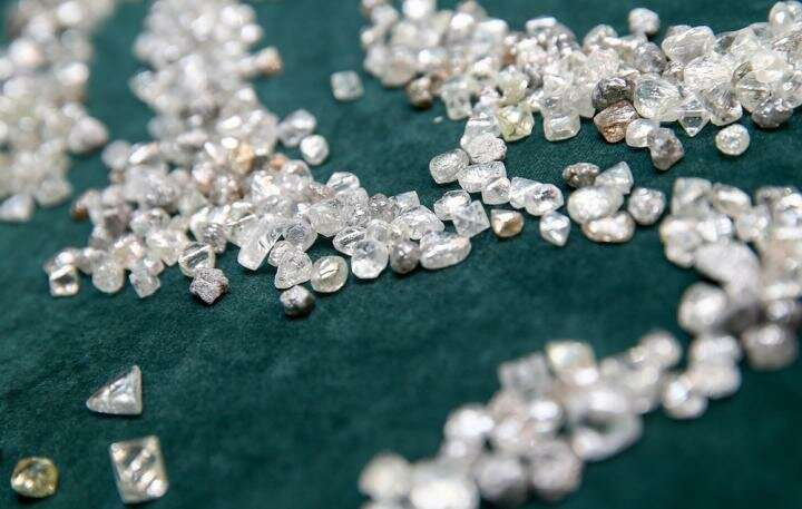 Digitalized infinity: Engineers present blockchain technology to verify natural diamonds