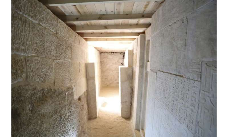 Egypt says ancient cemetery found at Giza famed pyramids
