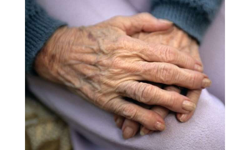 Elderly-onset rheumatoid arthritis ups bone erosion risk