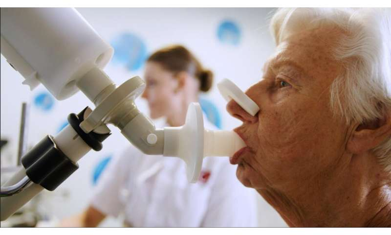 Electronic nose can sniff out which lung cancer patients will respond to immunotherapy