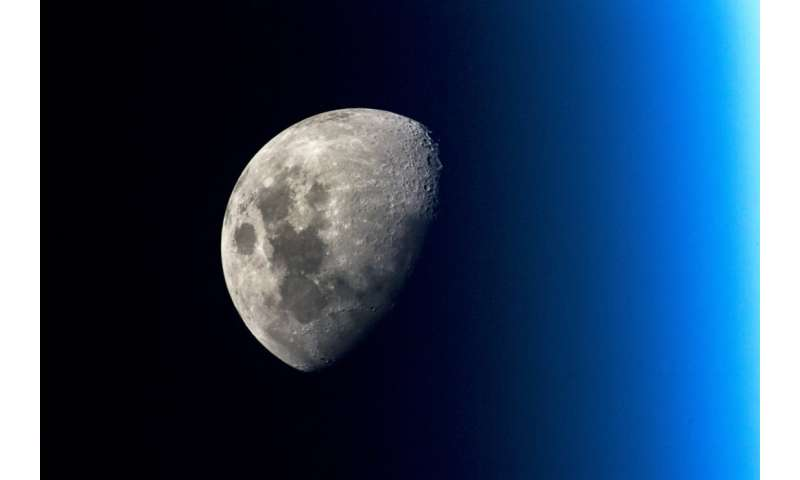 ESA identifies demand for satellites around the moon