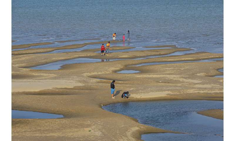 Experts say Mekong River's new color a worrying sign