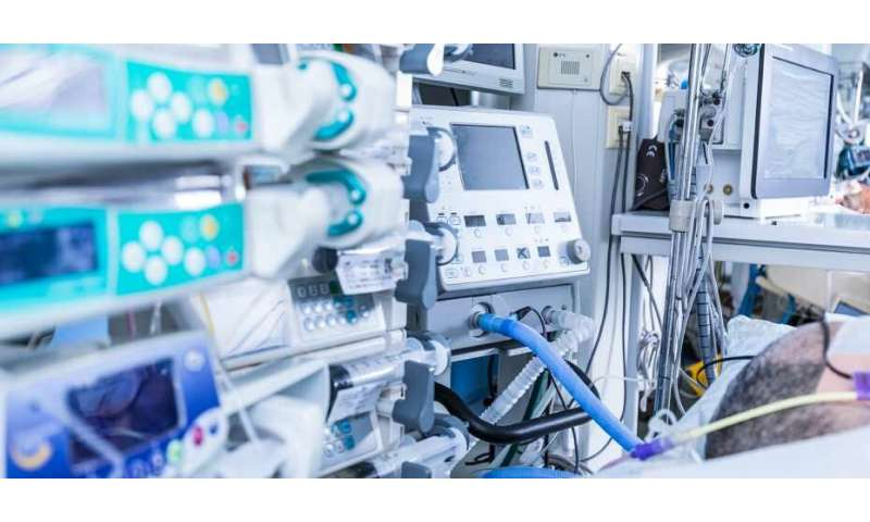 Fewer false alarms in intensive care