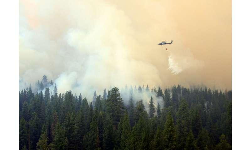 'Fire inversions' lock smoke in valleys
