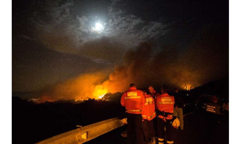 Flames as high as 50 metres complicated the battle against the blaze burning since Saturday